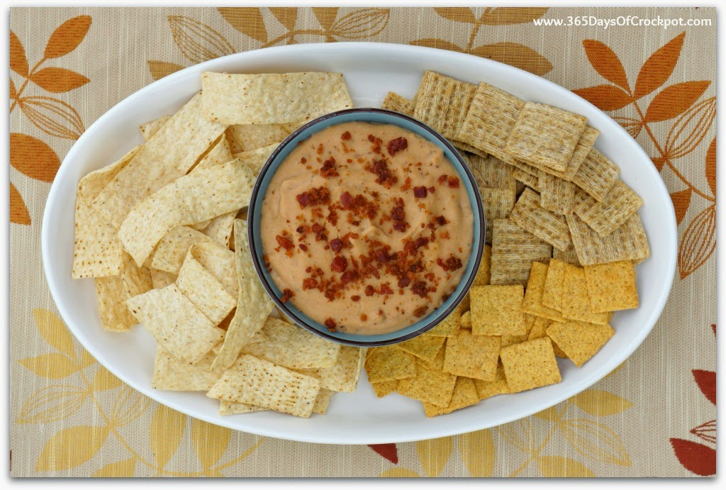 Slow Cooker Warm Cheesy Bacon Bean Dip | Hurst Bean Blog